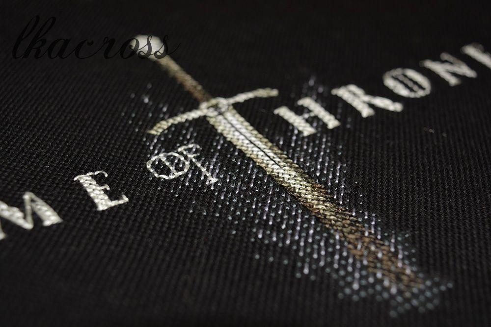 Бесплатная схема для вышивки крестом Game of Thrones.